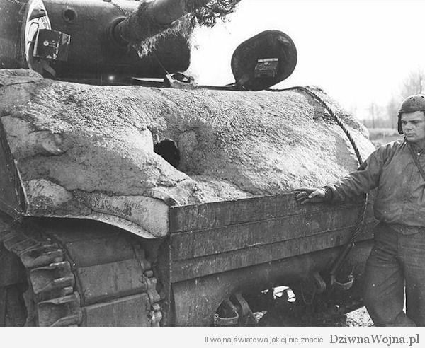 Betonowy M4 Sherman 1945