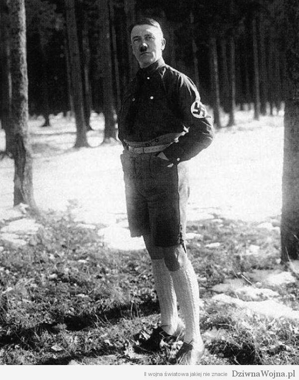 adolf hitler 1920