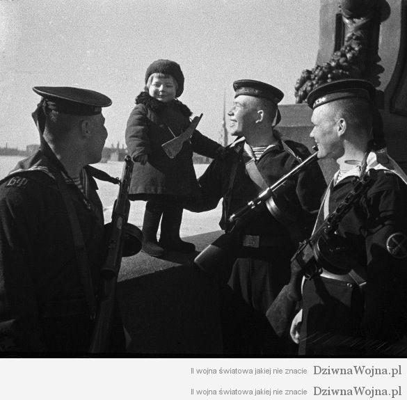 sowieccy marzynarze opiekuja sie sietota 1943