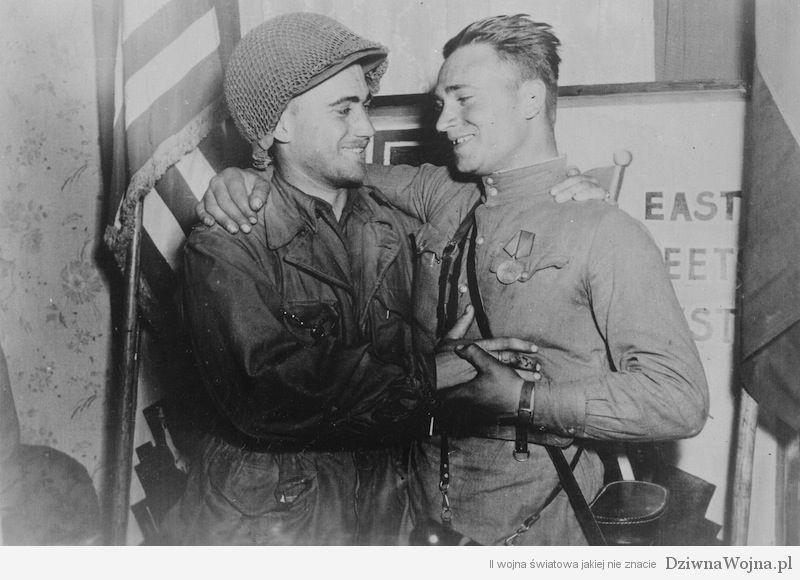 spotkanie wojsk radzieckich z amerykanskimi 25 kwietnia 1945 roku w Torgau nad laba