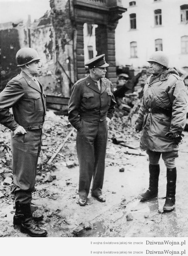 Bradley, Eisenhower i Patton, Bastogne 1945