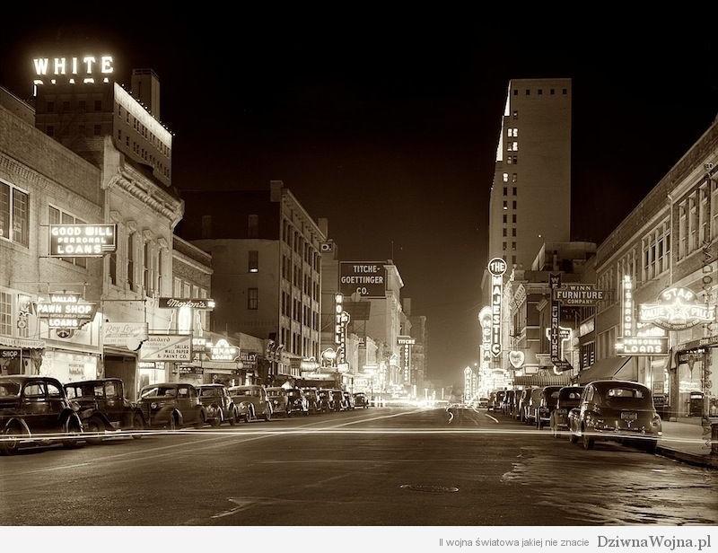 Elm Street, Dallas, 1942