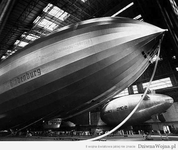 Hindenburg Lakehurst wewnatrz hangaru