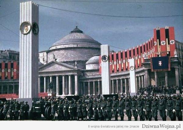 Piazza del Plebiscito w Neapolu, podczas wizyty Hitlera we Włoszech. 1938