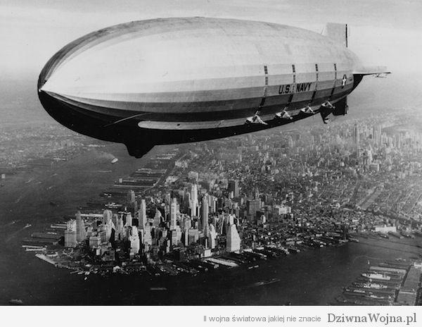 Sterowiec USS Macon nad ManhattanemUSA 1933