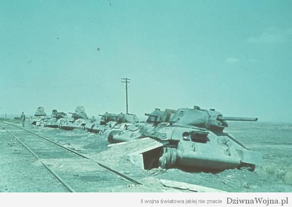 Woroschilowka-Stalingrad, zerstˆrte sowjetische Panzer