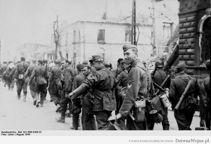 Warschauer Aufstand, Einmarsch von Waffen-SS